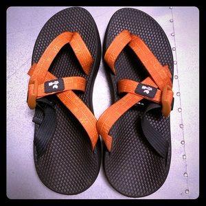 CHACO Women's TEGU Sport Sandal (9) - LIKE NEW!!!!